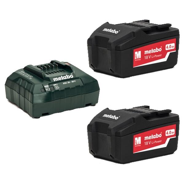Juego de baterías y cargadores.